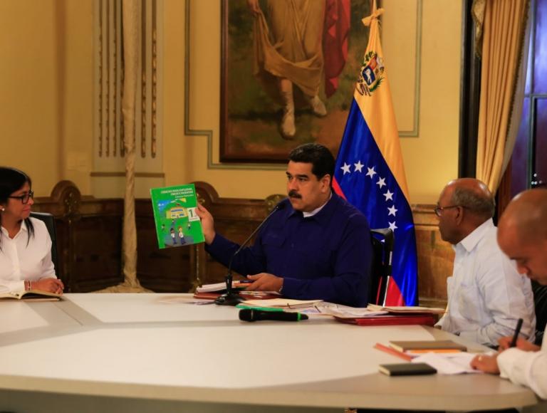 Presidente Maduro celebró inicio de período escolar 2018-2019