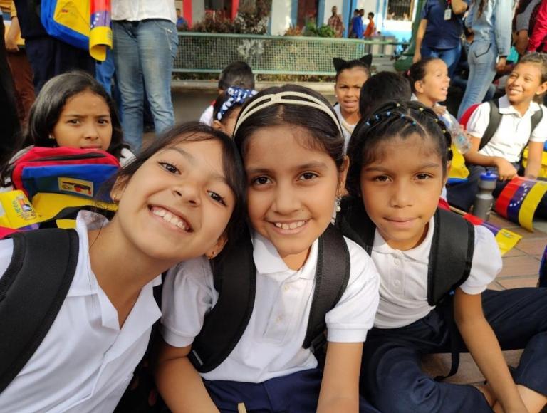 Más de ocho millones de niños iniciaron nuevo año escolar 2019-2020