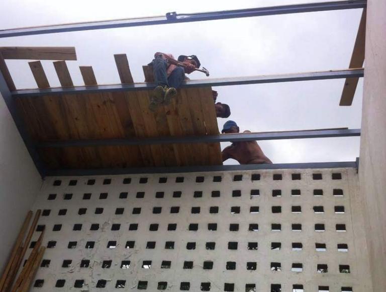 Gobierno Bolivariano continúa rehabilitación de la UEN Ivonne González Marcano en Aragua